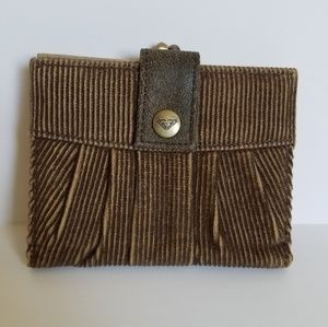 NWOT Brown Corduroy Roxy Kisslock Wallet